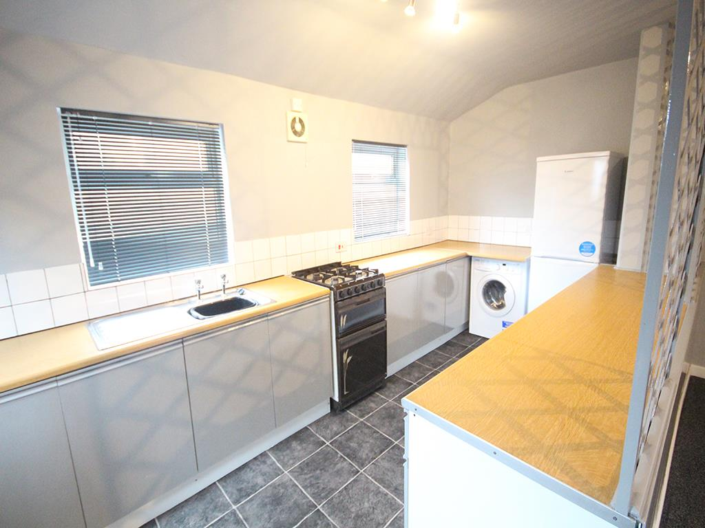 2 bedroom flat To Let in Earby - Property photograph